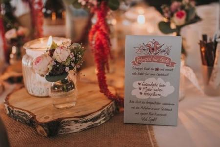 Tischaufsteller Hochzeit Beispiel