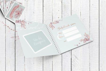 Das Fotobuch kann mit einem Foto des Brautpaares, sowie Namen & Datum personalisiert werden!