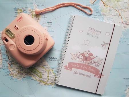 Wanderlustiges Reisetagebuch mit 18 Fotoaufgaben